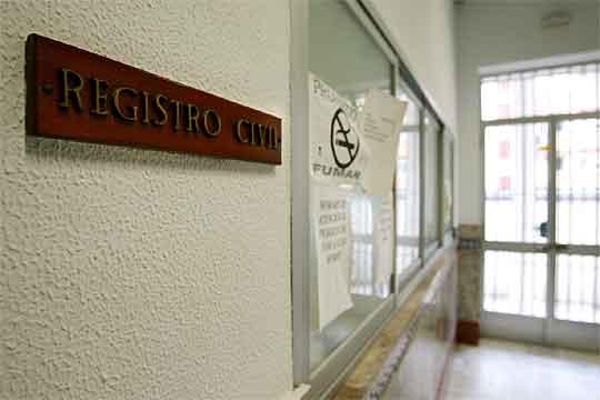 Oficina del registro civil en los juzgados de algeciras for Oficina registro madrid