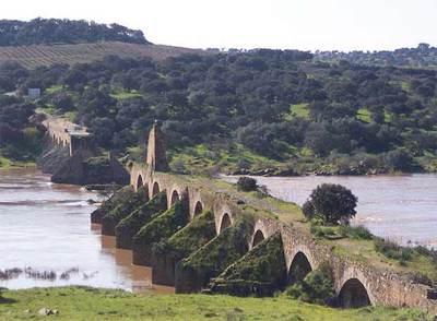 El Puente de Ayuda en Olivenza.