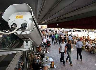 Una cámara de videovigilancia en Málaga en 2005.