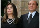 Berlusconi brilla en el vodevil