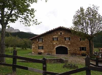 El silencio durmiente edici n impresa el pa s - Caserio pais vasco ...