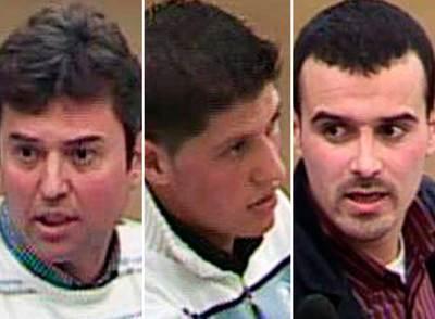 De izquierda a derecha, Mahmoud Slimame Aoun, Mohamed Moussaten y Mohamed Bouharrat.