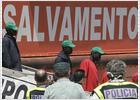 Llegan a España los 26 del 'Montfalcó'