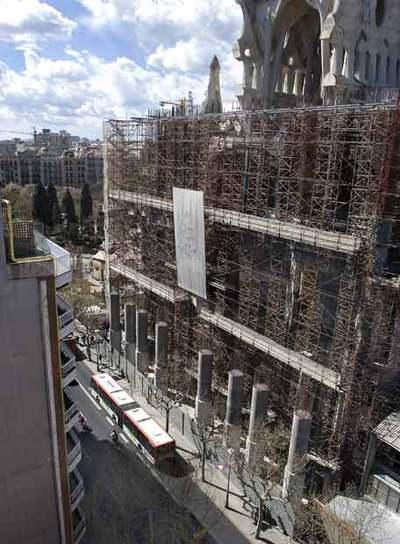 La sagrada familia no tiene permiso de obras edici n for Permiso de obras barcelona