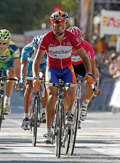 Freire celebra su victoria en la sexta etapa de la Vuelta a España.