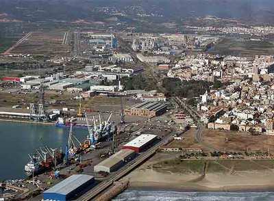 Sagunto afronta otro plan de segregaci n del puerto edici n impresa el pa s - Tanatorio puerto de sagunto ...