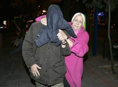 Uno de los imputados en la Operación Guateque abandona los juzgados de Madrid.