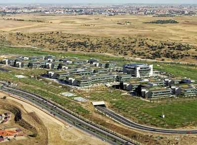 El Santander Logra Plusval As De Millones Al Vender