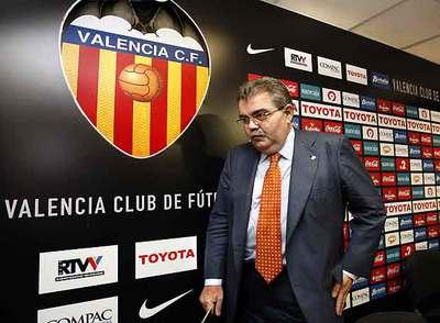 Juan Soler, tras anunciar ayer su dimisión.