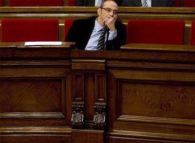 El consejero de Medio Ambiente, Francesc Baltasar, en el pleno del Parlamento de Cataluña.