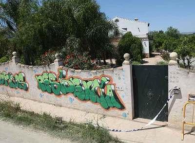 Chalé de Alhaurín de la Torre (Málaga) donde fue hallada muerta una mujer que denunció amenazas.