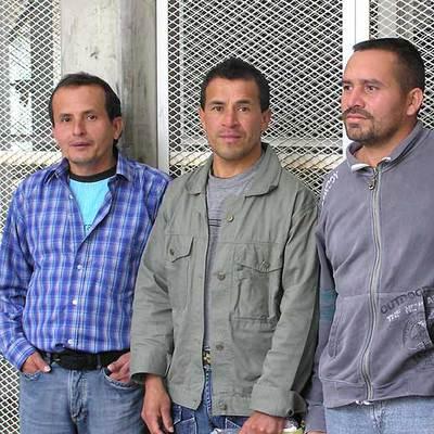 Fulgencio, Nolberto y Jorge, de izquierda a derecha, en la prisión de Cómbita.