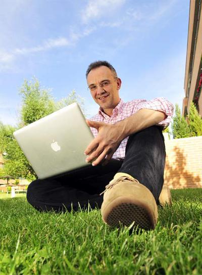 El  bloguero  Julio Alonso.