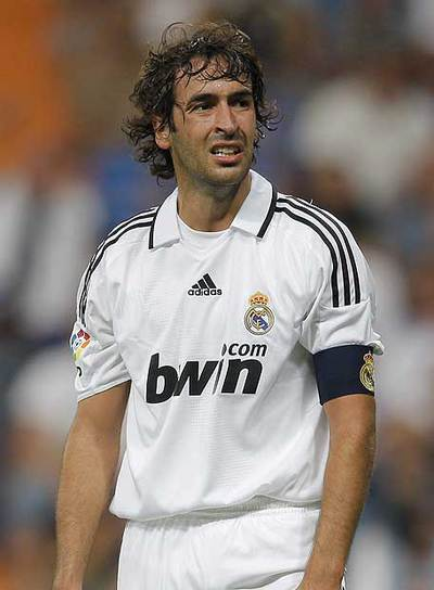 Raúl, en el partido de la Supercopa contra el Valencia.