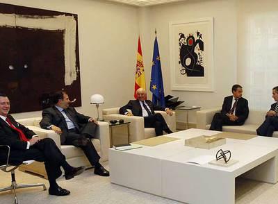 Responsables de bancos y cajas, reunidos en octubre con el presidente José Luis Rodríguez Zapatero.