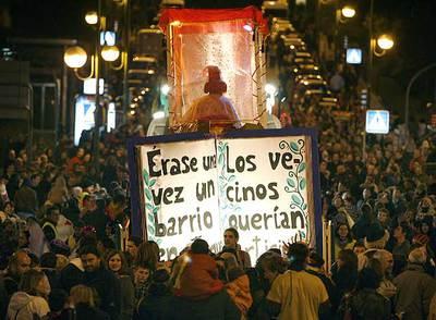 La cabalgata alternativa organizada por los vecinos de Hortaleza se celebró ayer por la tarde.