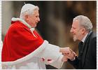 El saludo del Papa a su cruzado antilaicista
