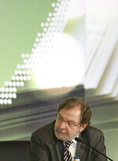 Juan Luis Cebrián.