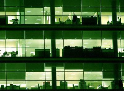 Los edificios deberán tener sistemas de control para ajustar el encendido a la ocupación real de la zona por personas.