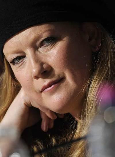 Andrea Arnold posa durante su rueda de prensa de presentación de  Fish tank  ayer en Cannes.