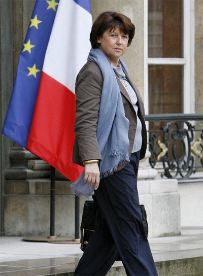 Martine Aubry, tras una reunión con Sarkozy ayer en París.