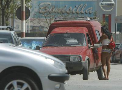 prostitutas poligono guadalhorce la prostitución es ilegal en españa