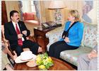 Clinton apoya la mediación de Óscar Arias en la crisis de Honduras