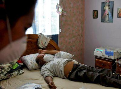Adolfo Nieto, uno de los afectados por el jarabe contaminado con dietilenglicol.