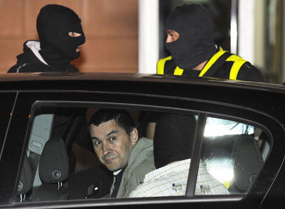 Arnaldo Otegi, tras ser detenido ayer en la sede de LAB.