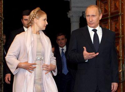 Yulia Timoshenko y Vladímir Putin, ayer en Yalta.