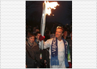 'Terminator' protege la llama olímpica