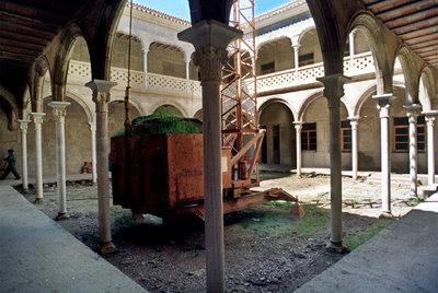 Patio central porticado del palacio renacentista Francisco de los Cobos, en Úbeda.