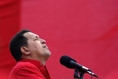 El presidente venezolano, Hugo Chávez, en un mitin, el 12 de febrero de 2009.