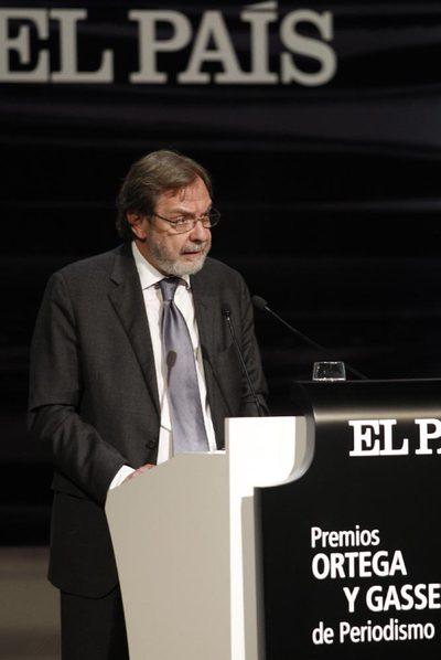 Juan Luis Cebrián, ayer durante la entrega de premios.