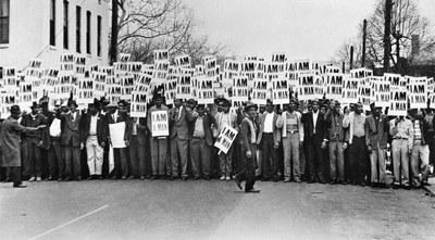 Marcha de trabajadores en Memphis en 1968