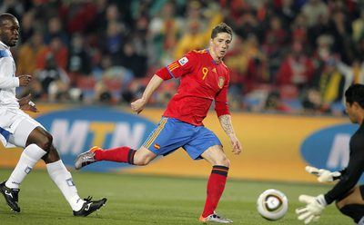 Fernando Torres, en una de sus oportunidades falladas.