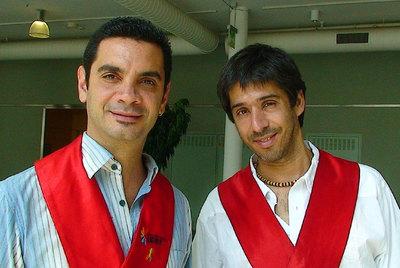 José María di Bello (izquierda) y Alex Freyre, primer matrimonio homosexual en Argentina, en Viena.
