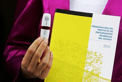 Las cifras de los Presupuestos caben en un lápiz de memoria, pero sus detalles permanecen ocultos.