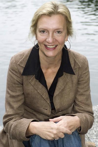 La escritora Elizabeth Strout.
