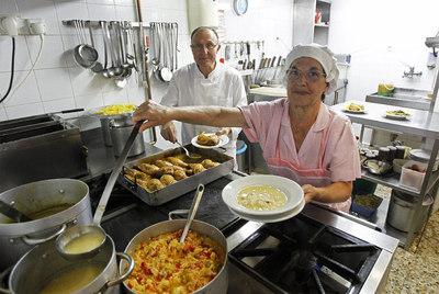 Cocina del restaurante El Bierzo