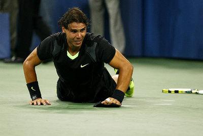 Rafa Nadal, en la pista después de ganar en la final de Nueva York a Djokovic.