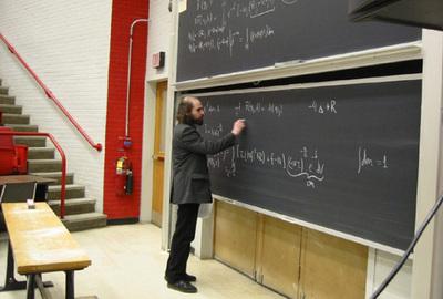 El matemático ruso Grigori Perelman, resolvió en 2002 la conjetura de Poincaré.