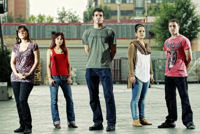 Elena Palacios, Coral Herrera, Jesús Iglesias, Diana Díaz y Hernán García representan a la generación de los (Pre)parados.