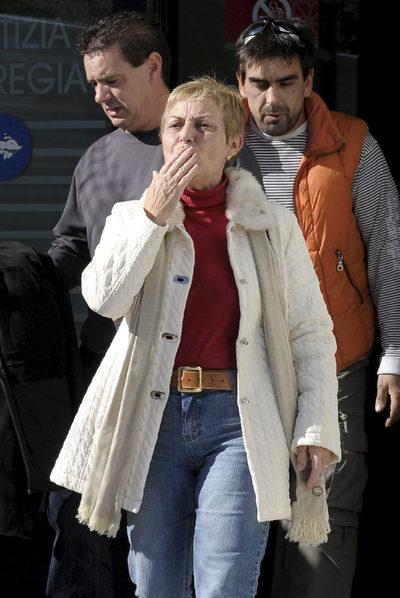 Pilar M. R., a la salida del juzgado tras ser absuelta.
