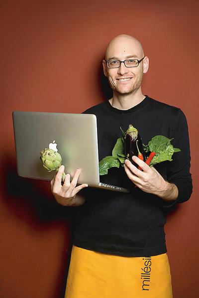 Txaber Allué saltó de su blog El Cocinero Fiel a los libros con 'El Cocinero Fiel: de los platos tradicionales a la tortilla 2.0'
