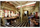 El fin de la renta antigua amenaza tiendas históricas de Ciutat Vella