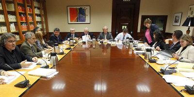 Los diputados que integran la comisión del Pacto de Toledo, en una reunión que mantuvieron a mediados de octubre con representantes del Ministerio de Trabajo.