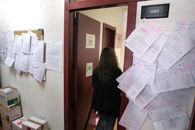 Una sentencia dice que la entrega del piso vale para for Pisos embargados madrid