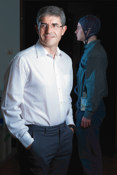 José del Rocío Millán, profesor de investigación del Centro de Neuroprótesis de la Escuela Politécnica Federal de Lausanne.