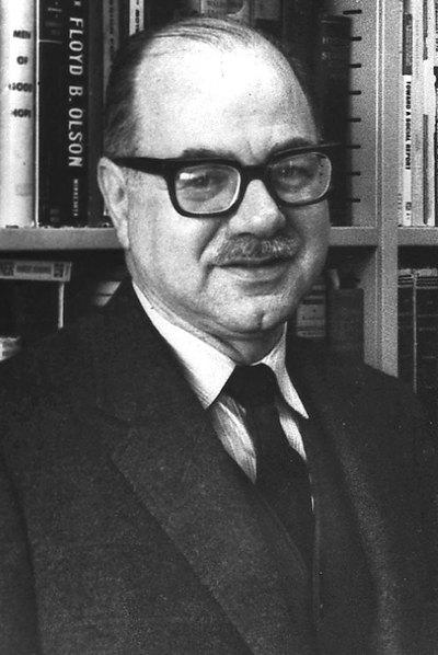 El sociólogo Daniel Bell en una imagen de 1971.